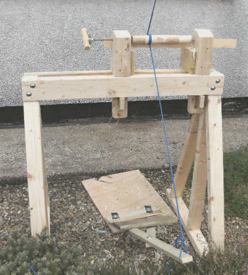 Green Wood-working : making a Pole - Lathe